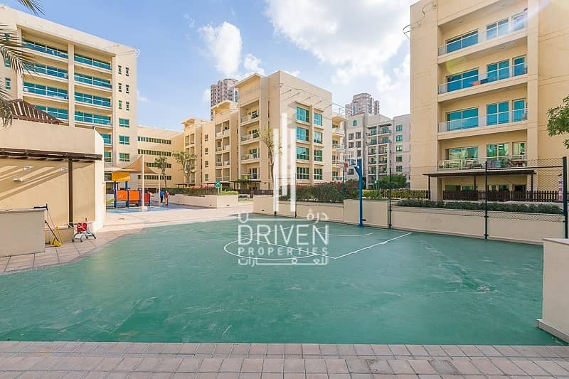 Best Deal | Bright 2 Bed Unit | High ROI