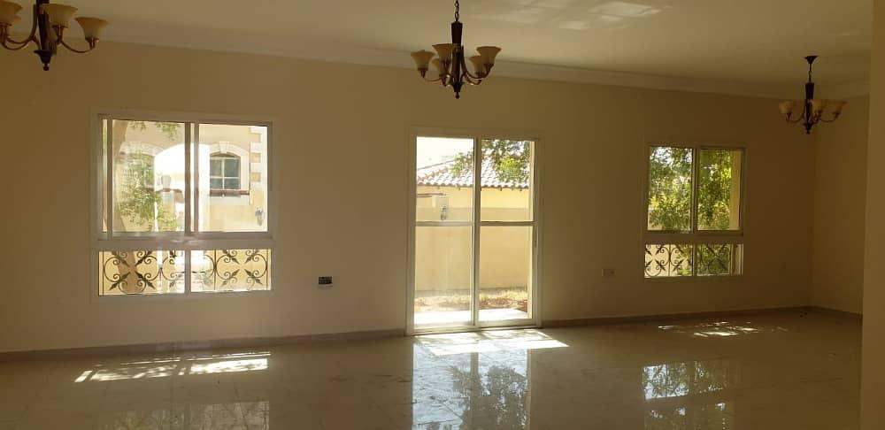 فیلا في المنطقة 1 مدينة محمد بن زايد 3 غرف 125000 درهم - 4179957