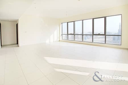 2 Bedroom Apartment for Sale in Downtown Dubai, Dubai - High Floor | Large Apartment | 2 Bedrooms