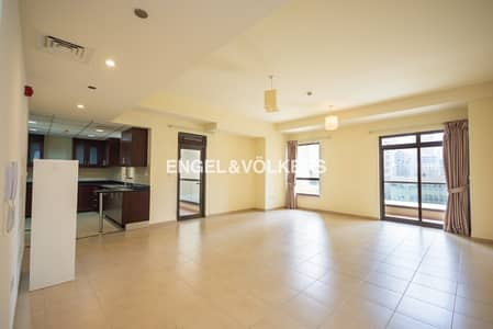 1 Bedroom Apartment for Rent in Jumeirah Beach Residence (JBR), Dubai - Well Maintained  |  Bright  | Large Unit