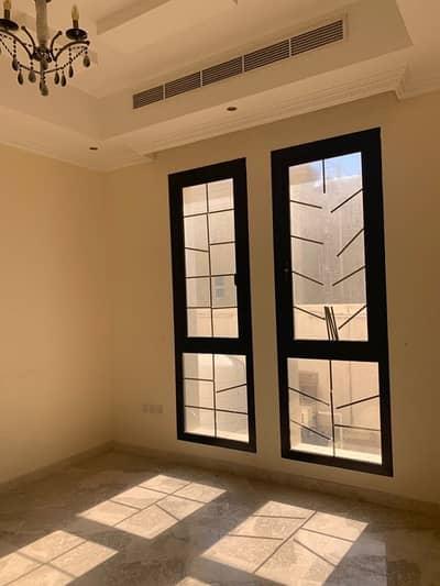 5 Bedroom Villa for Rent in Oud Al Muteena, Dubai - villa for rent at oud elmuteena : 5 bedroom master