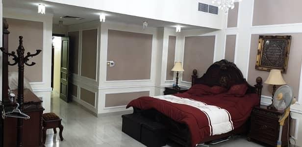 3 غرف نوم بنتهاوس مساحه كبيره جدا 3850 قدم مربع مع ديكورات داخليه سوبر ديلوكس