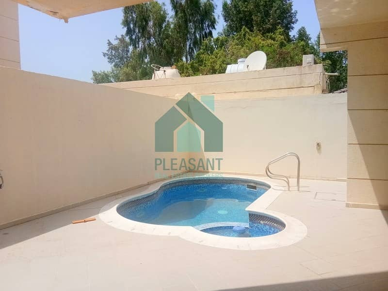 2 Huge 4 Bedroom In Suits Villa With Private Swimming Pool !!