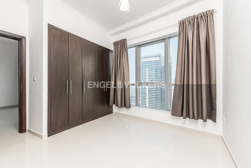 High Floor|Nice Layout|Unfurnished|Vacant