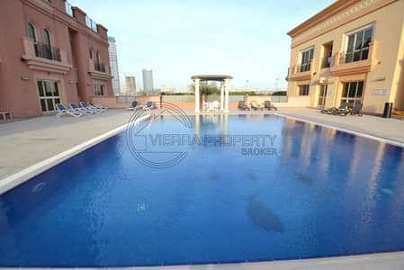 Studio for Rent in Dubai Sports City, Dubai - Extra Large Studio Closed Kitchen and 2 Bathrooms