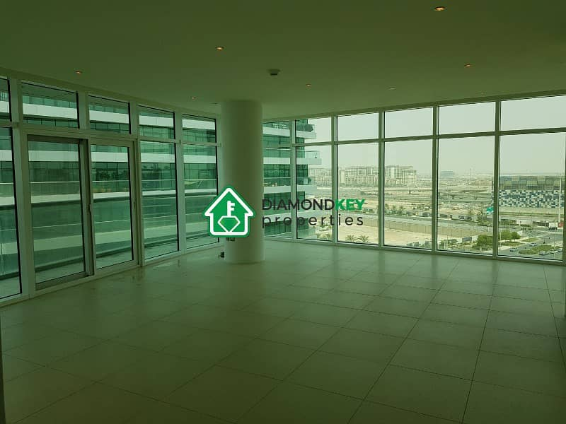 Beautiful  3 bedrooms with a huge balcony