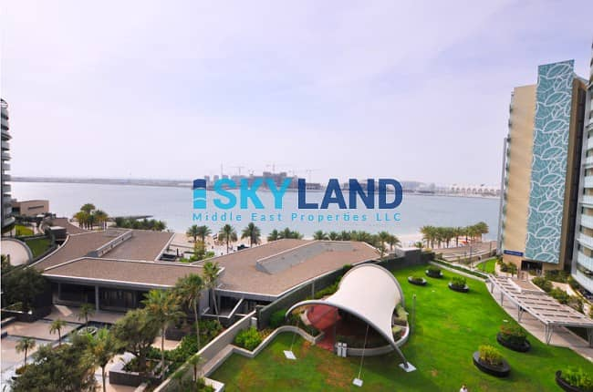Luxurious 3Beds w/ Sea Views in Al Maha!