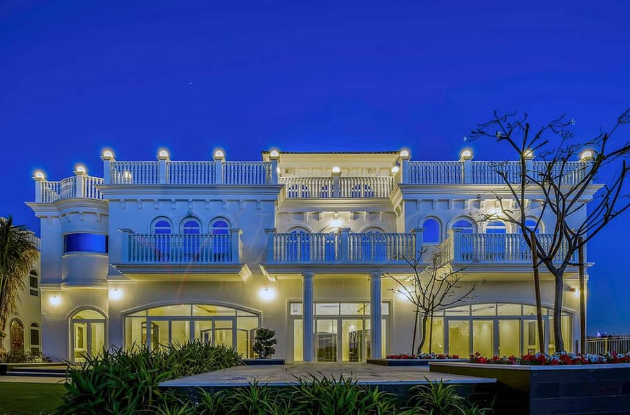 6 Bedroom Signature Villa @ Tip Plot - Frond G Palm Jumeirah with Full Sea and Atlantis View