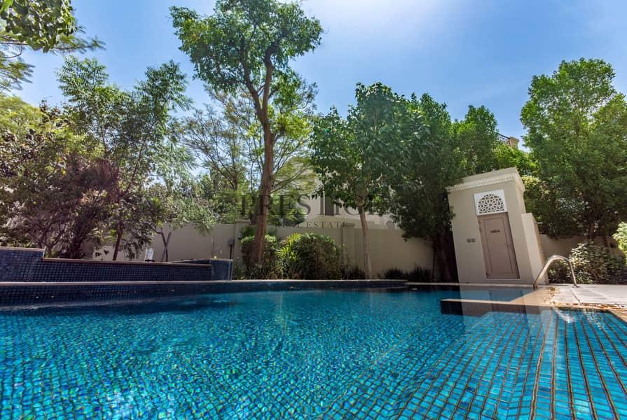 17 6 Bedrooms Villa | Al Barari | D type | Pond View