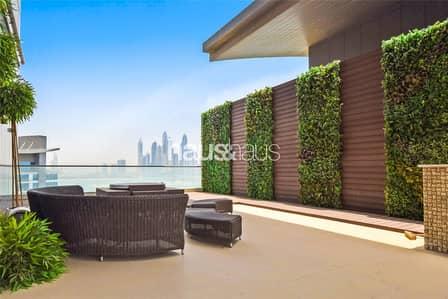 بنتهاوس 4 غرفة نوم للبيع في نخلة جميرا، دبي - Vacant and Unique Custom Designed Penthouse
