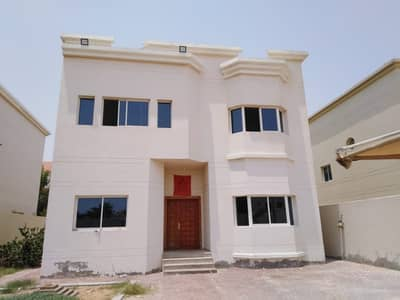5 Bedroom Villa for Rent in Al Jurf, Ajman - Commercial / Residential Spacious luxury villa 5 bed roomhall villa availabe for rent in jurf**