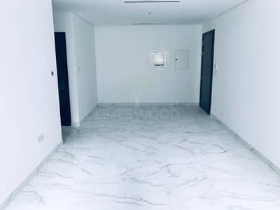 1 Bedroom Flat for Rent in Dubai Silicon Oasis, Dubai - Brand new 1Br apartment with Beautiful finishing and Closed Kitchen/6 cheq.
