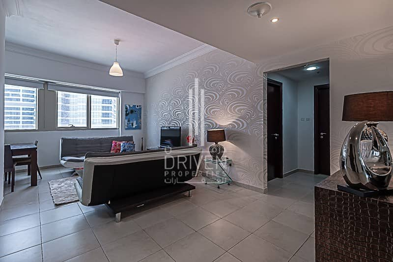 Bright and Fully Furnished with Lake View