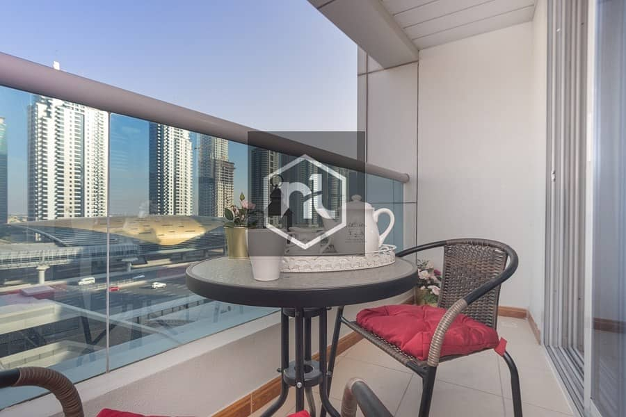 Upgraded 1 BR Apartment | in Marina near to Metro.