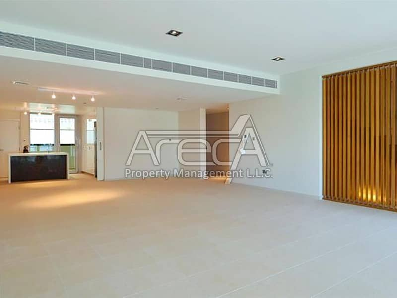WoW Deal! Elegent 5 Bedroom Townhouse for sale with Facilities! Al Muneera