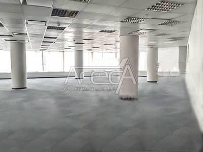 مکتب  للايجار في شارع الشيخ خليفة بن زايد، أبوظبي - Big Space! Multiple Affordable Office Space for Rent! Strategically Located in Khalifa Street