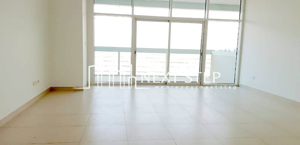 HOT DEAL! TWO BEDROOM APARTMENT with Maidsroom! (Full Facilities)