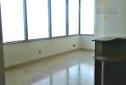 فلیٹ 2 غرفة نوم للايجار في مركز دبي المالي العالمي، دبي - Large 2 B/R with balcony Multiple units