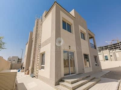 فیلا 5 غرفة نوم للايجار في دبي لاند، دبي - 5-bed amazing B villa for rent in Living Legend