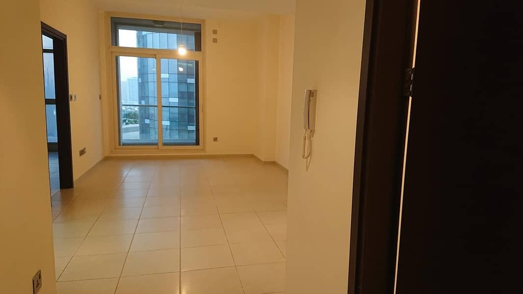Hot Offer!1BR Apt with all Facilities in Mangroves