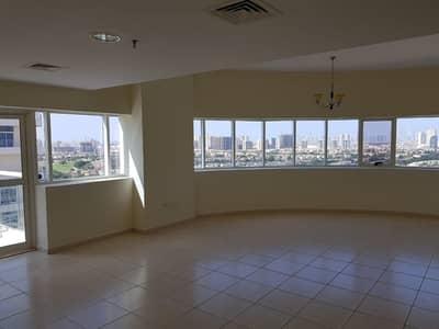 فلیٹ 3 غرفة نوم للبيع في مدينة دبي الرياضية، دبي - Nice 3 bed separate Maid Laundry&terrace