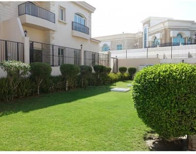 5 Bedroom Villa for Rent in Umm Suqeim, Dubai - 5BR villa in a charming compound with pool & garden