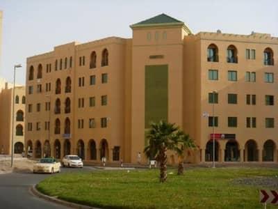شقة 1 غرفة نوم للايجار في المدينة العالمية، دبي - شقة في طراز المغرب المدينة العالمية 1 غرف 32000 درهم - 4164258