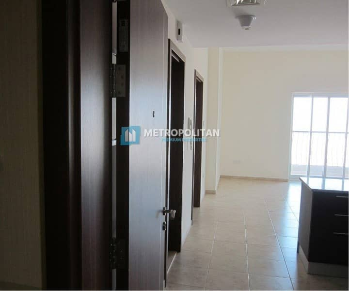 17 Vacant Well Maintained 1 Bed at JVT Imperial