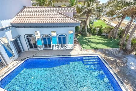 6 Bedroom Villa for Rent in Palm Jumeirah, Dubai - New listing | Central pool | 6BR Upgraded