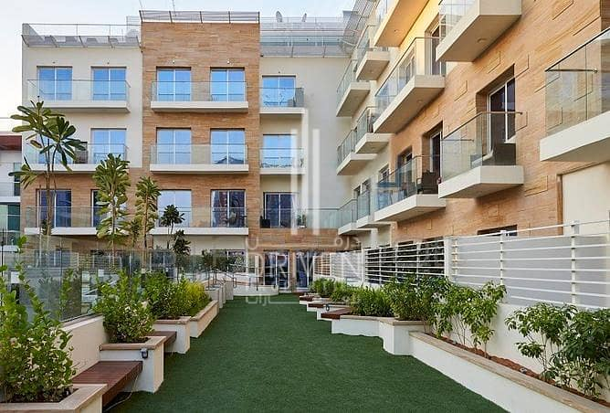 Best 1 Bedroom Apartment with Pool Views