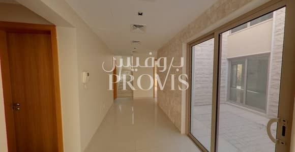 5 Bedroom Villa for Rent in Al Raha Gardens, Abu Dhabi - Villa that Offers sophistication and Convenience