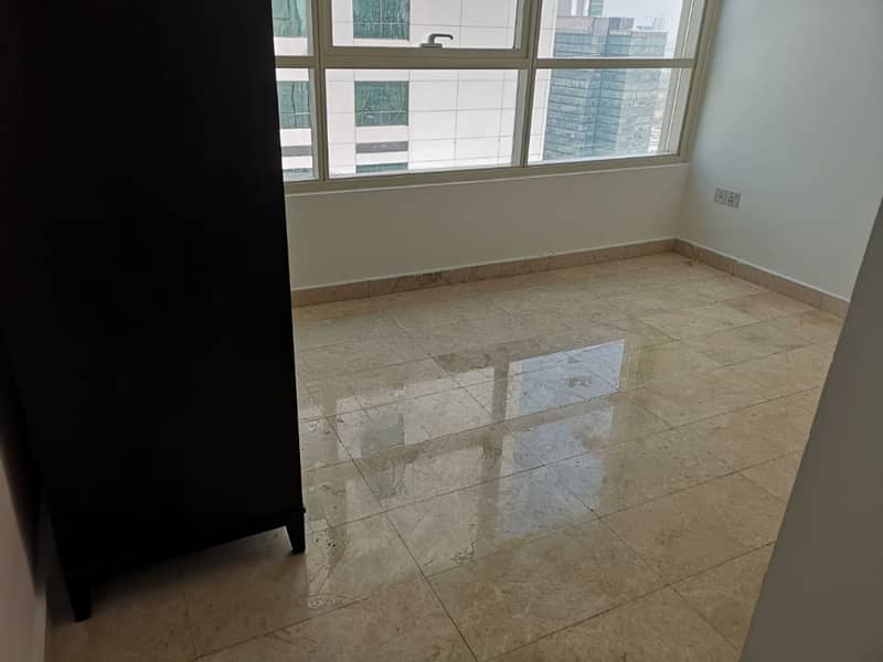 super spacious apartment with balcony