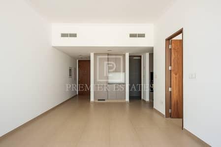 شقة 1 غرفة نوم للايجار في قرية جميرا الدائرية، دبي - Modern Luxurious One BR Apartment in JVC