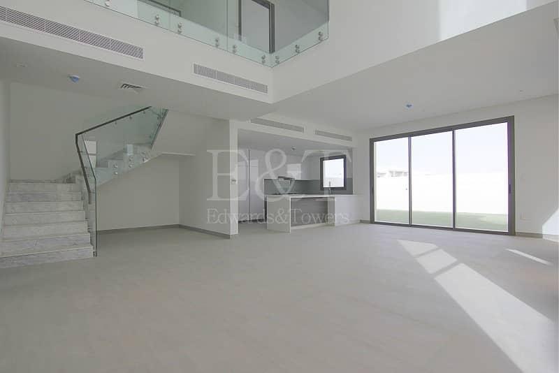 2 3bed Y/Type Amazing Corner Villa/Best Location