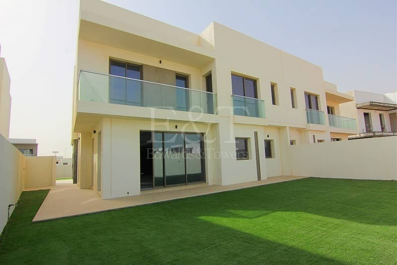 2 Spectacular Price Phase1 3bed Villa YasAcres
