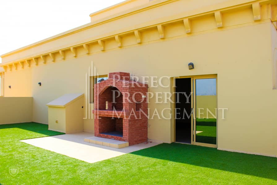 2 000/- yearly  for an amazing 2 BHK Penthouse in Yasmin Village