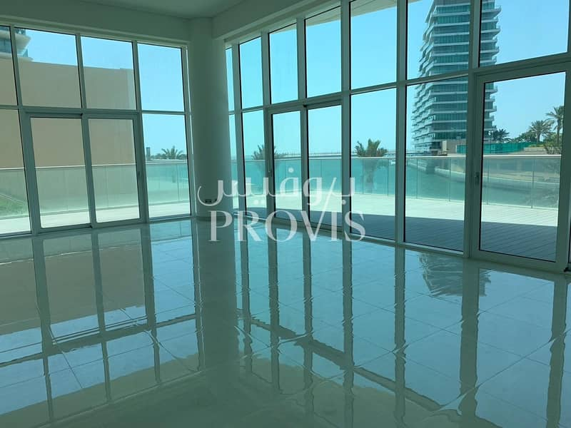 2 Pure luxury above all else |Beachfront | 2 Cheques