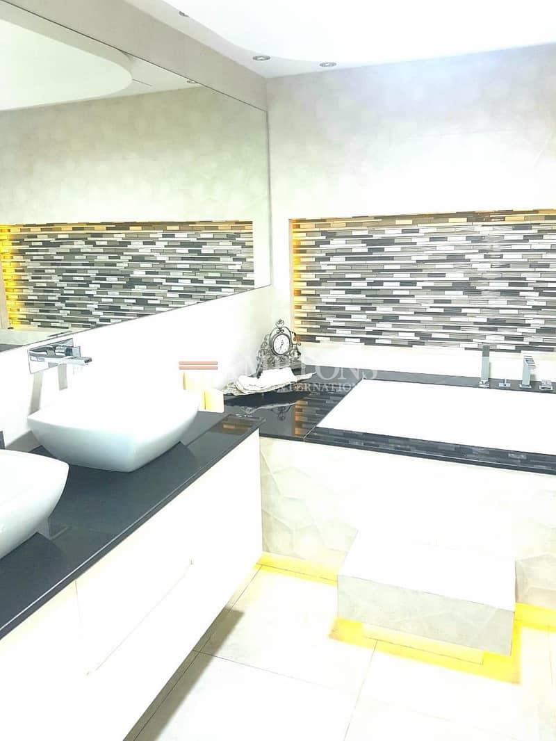 15 Urgent / Beautiful 4 Bedroom Villa