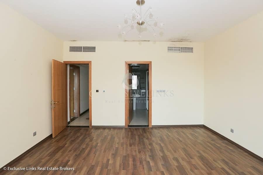 Huge 2 bedroom apartment in great location