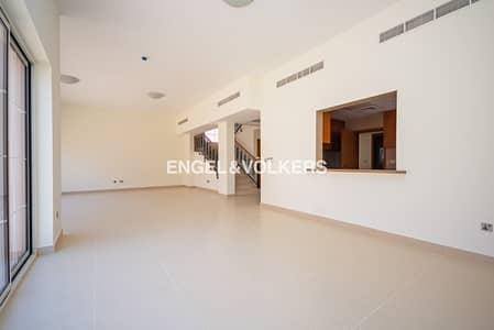 فیلا 4 غرفة نوم للايجار في ند الشبا، دبي - Standalone Family Villa | Great Value