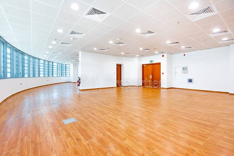 Fully fitted office space in park towers