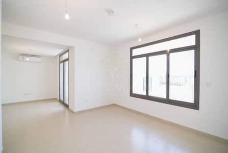 3 Bedroom Townhouse for Rent in Town Square, Dubai - Single Row With Maid's Room In Town Suqare
