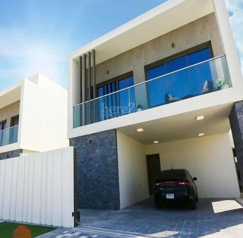24 Most Elegant ! Luxurious Four Bedroom Villa in Yas Acres