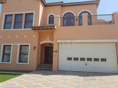فیلا 4 غرفة نوم للايجار في جميرا جولف إستيت، دبي - Fully Furnished Luxurious 4 BR VIlla Ready to Move in