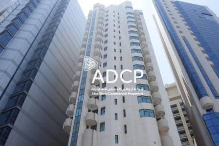 مکتب  للايجار في شارع حمدان، أبوظبي - 4 Payments: Ready to Move in Office Space