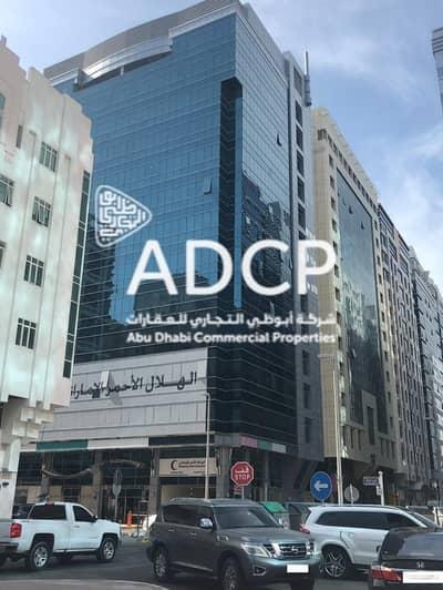 مکتب  للايجار في آل نهيان، أبوظبي - 1-4 Payments: Office Space in Al Nahyan