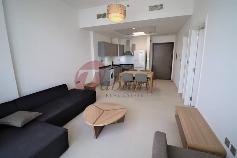 Pool View Chiller Free Close to Metro Station