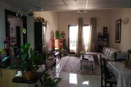 Fully Furnished 1BR with Full Canal view