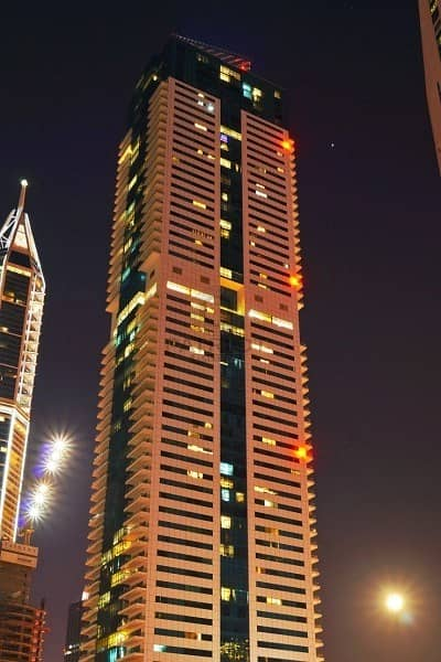 Huge 2 Bedrooms Apt For Rent Dubai  Marina