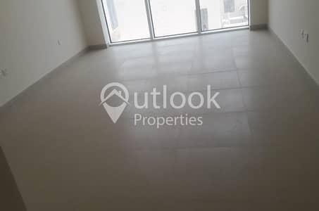 فلیٹ 2 غرفة نوم للايجار في منطقة الكورنيش، أبوظبي - Good Deal for 2 Bedrooms!!!